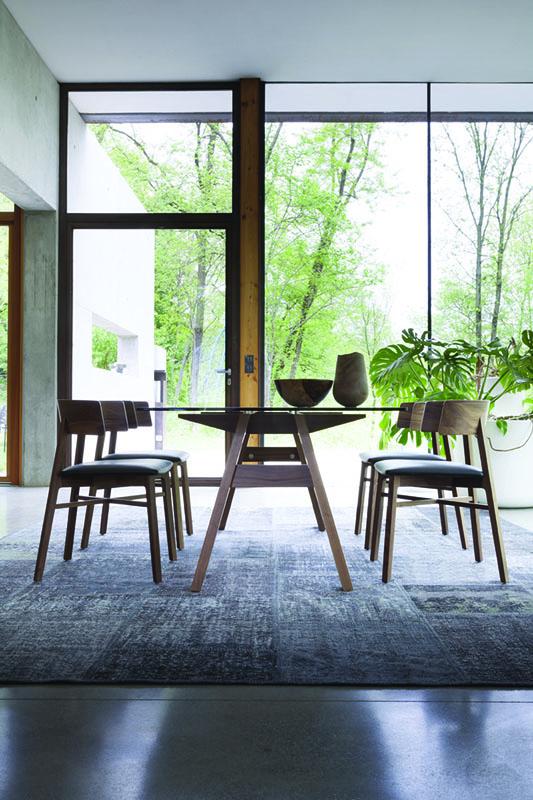 Tonon tafel Tabula A bij Robeerst Interieurs